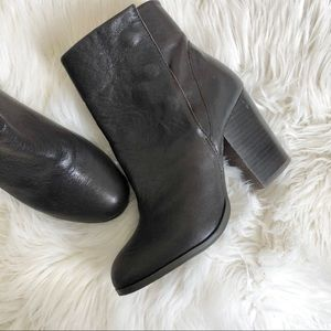 Sole society dark brown Henley boots